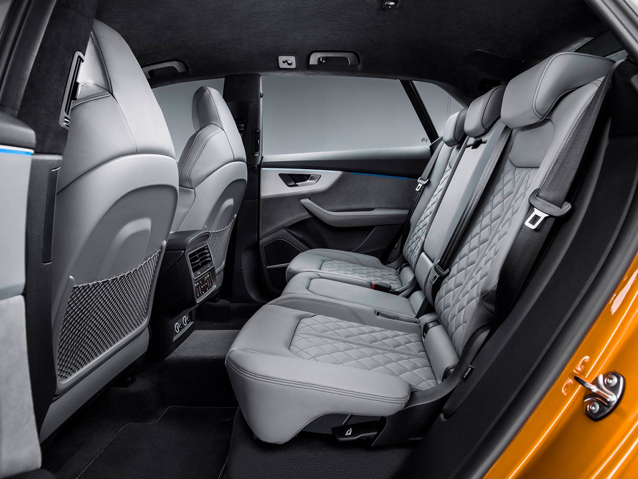 Interior Audi Q8