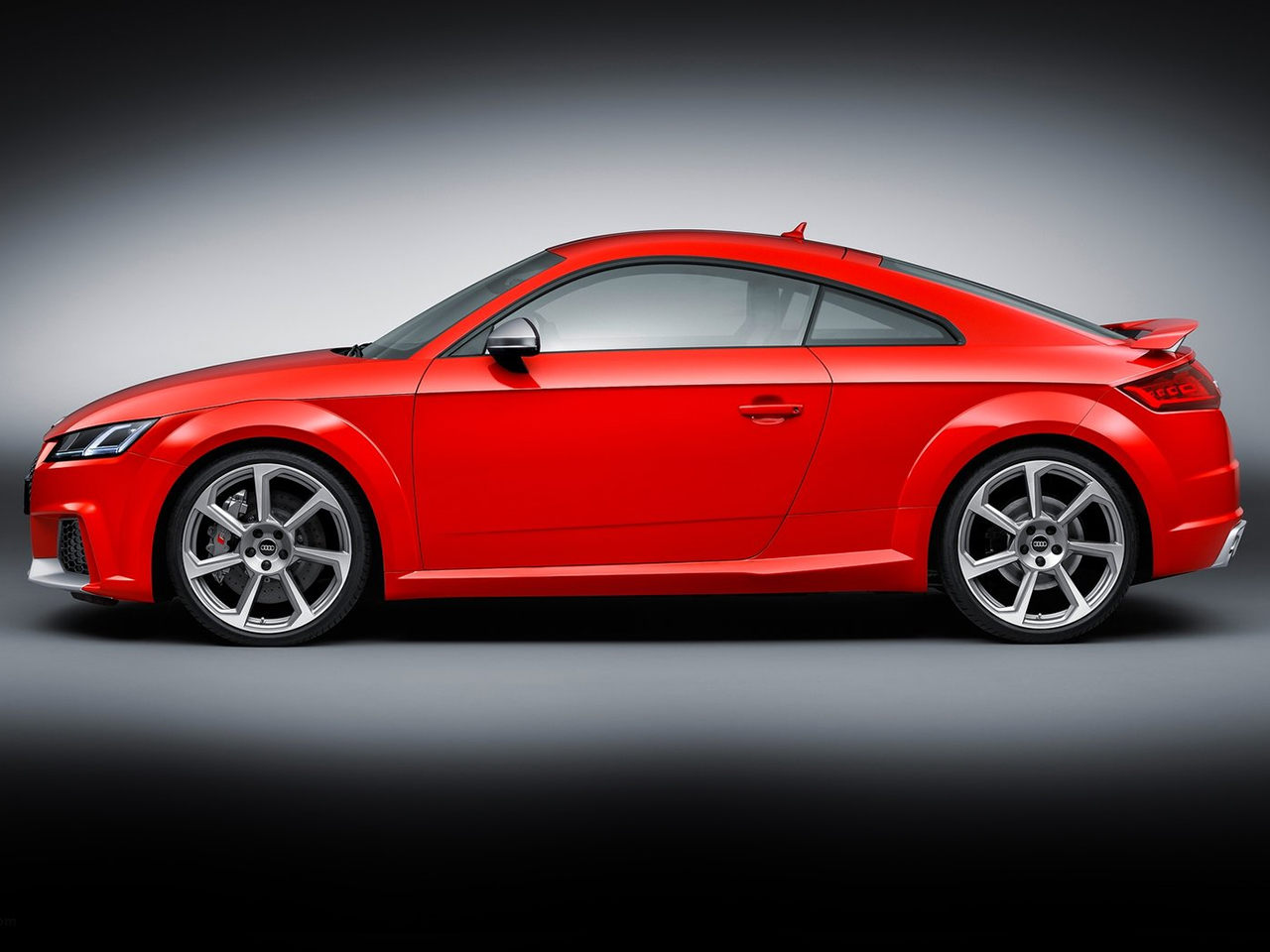 Lateral Audi TT RS