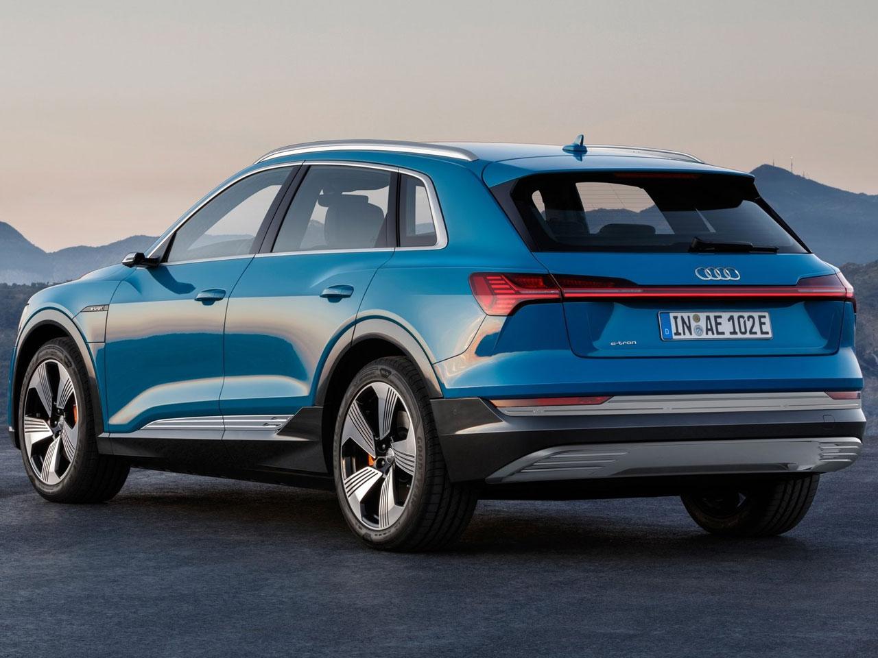 Lateral Audi e-tron