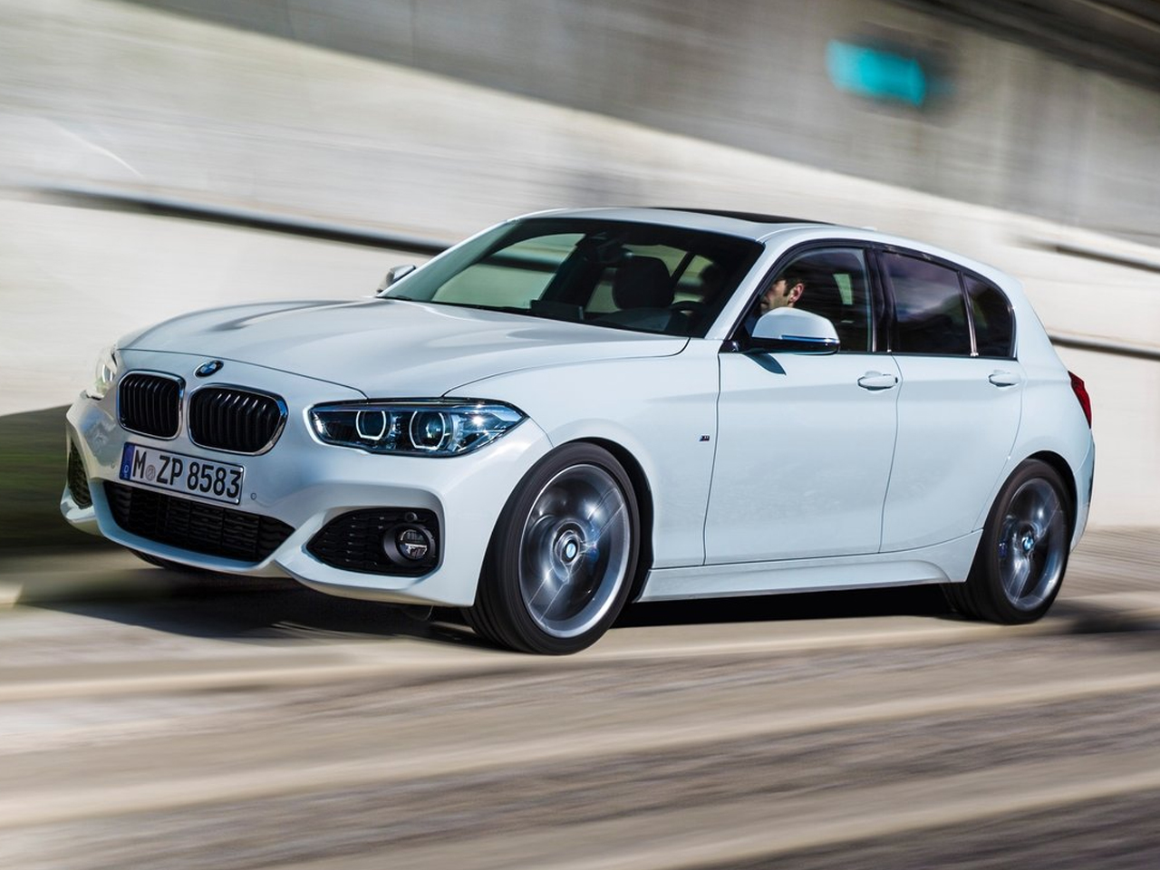 Lateral BMW Serie 1 Hatchback