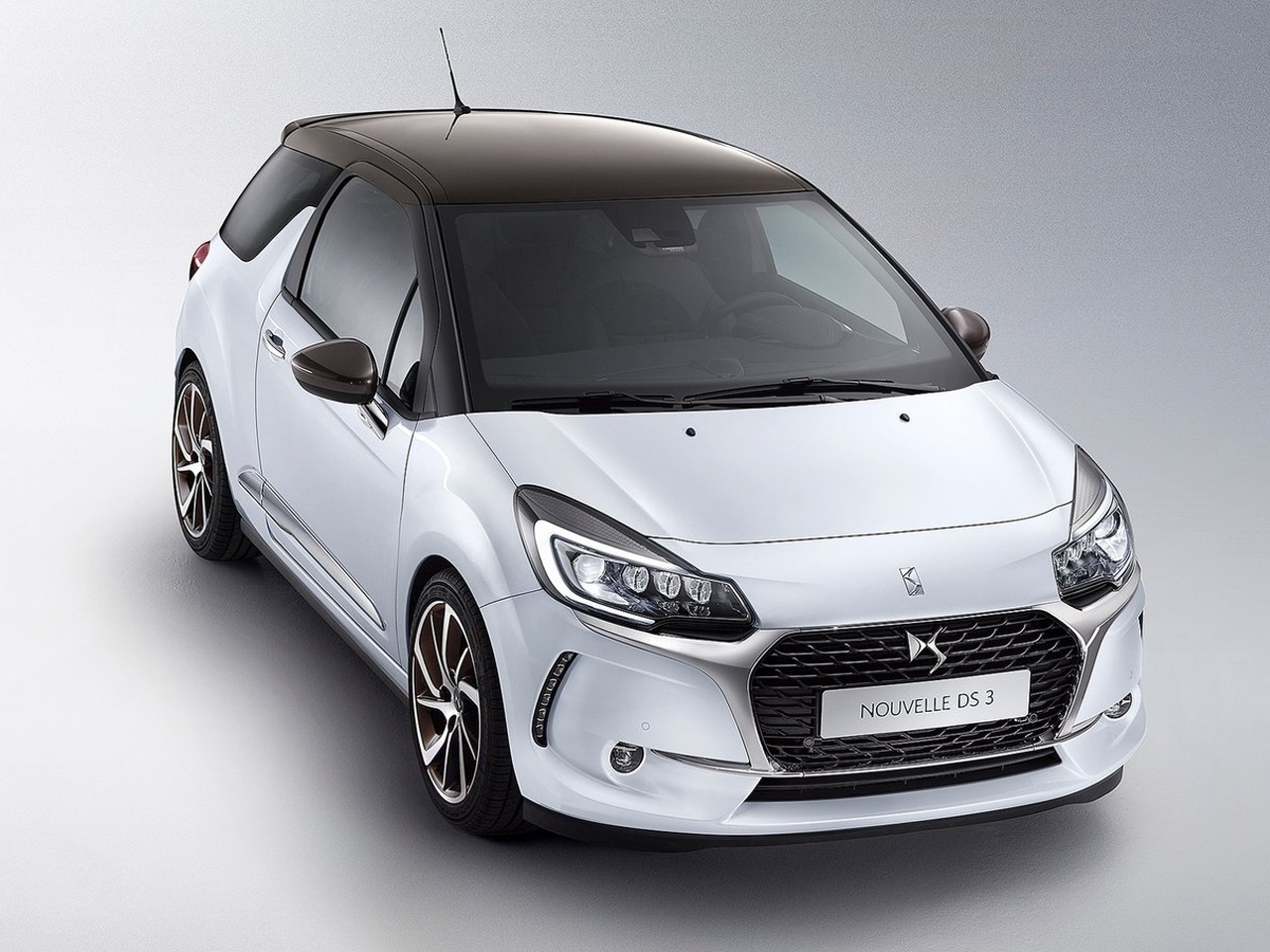 Frontal DS3