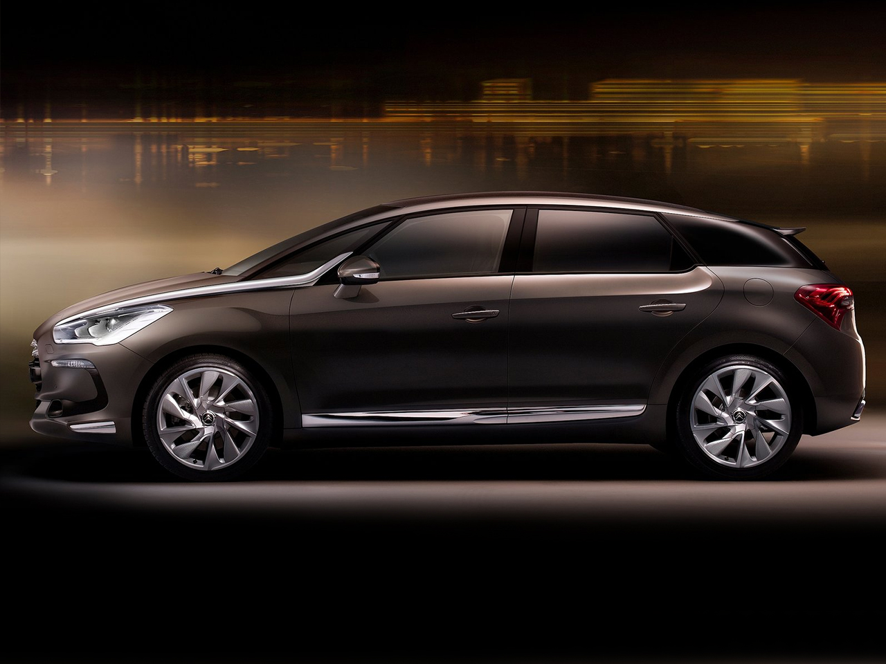 Lateral DS5