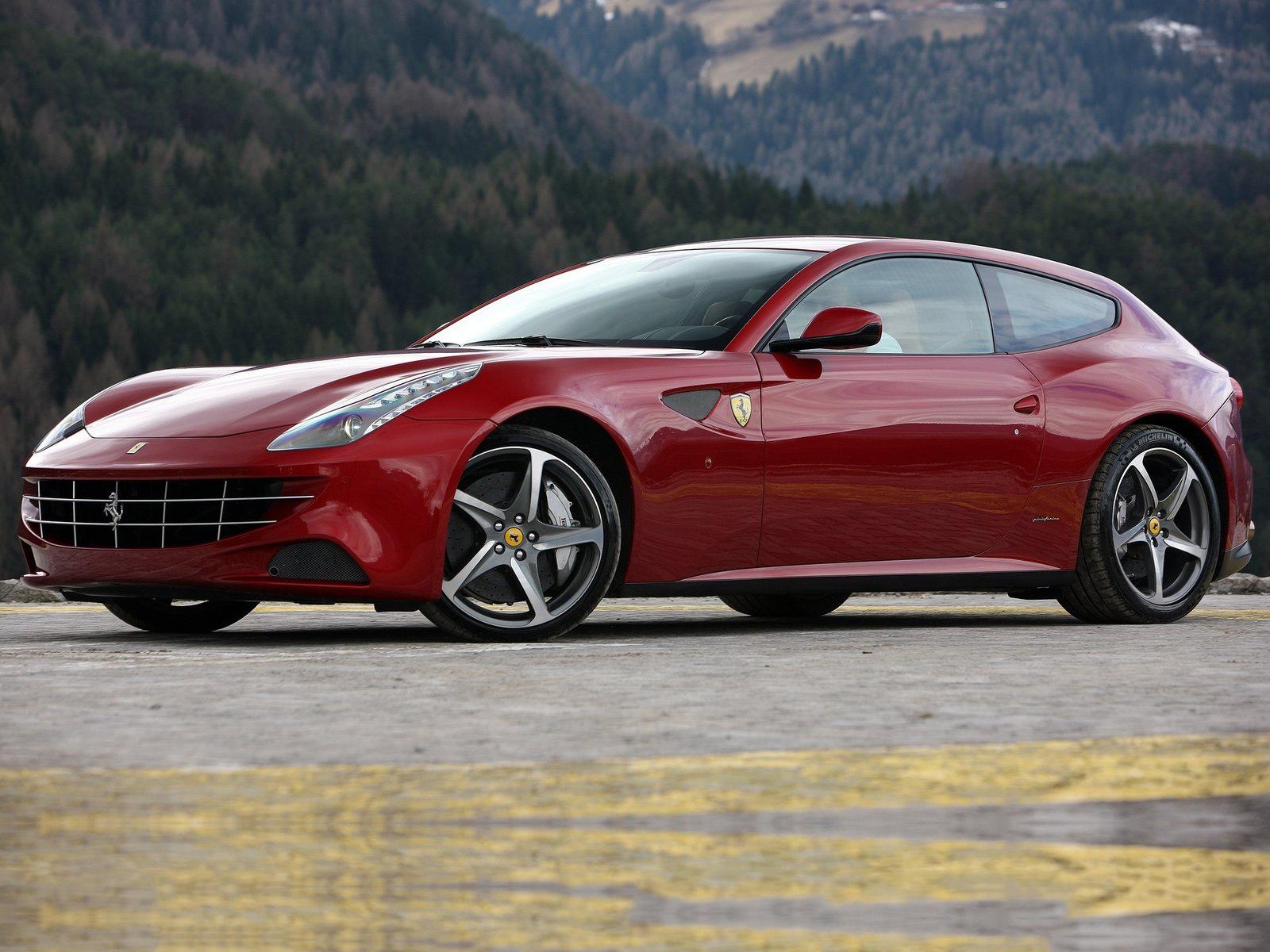 Ferrari FF exterior