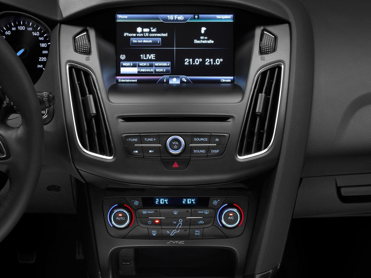 detalle interior ford focus