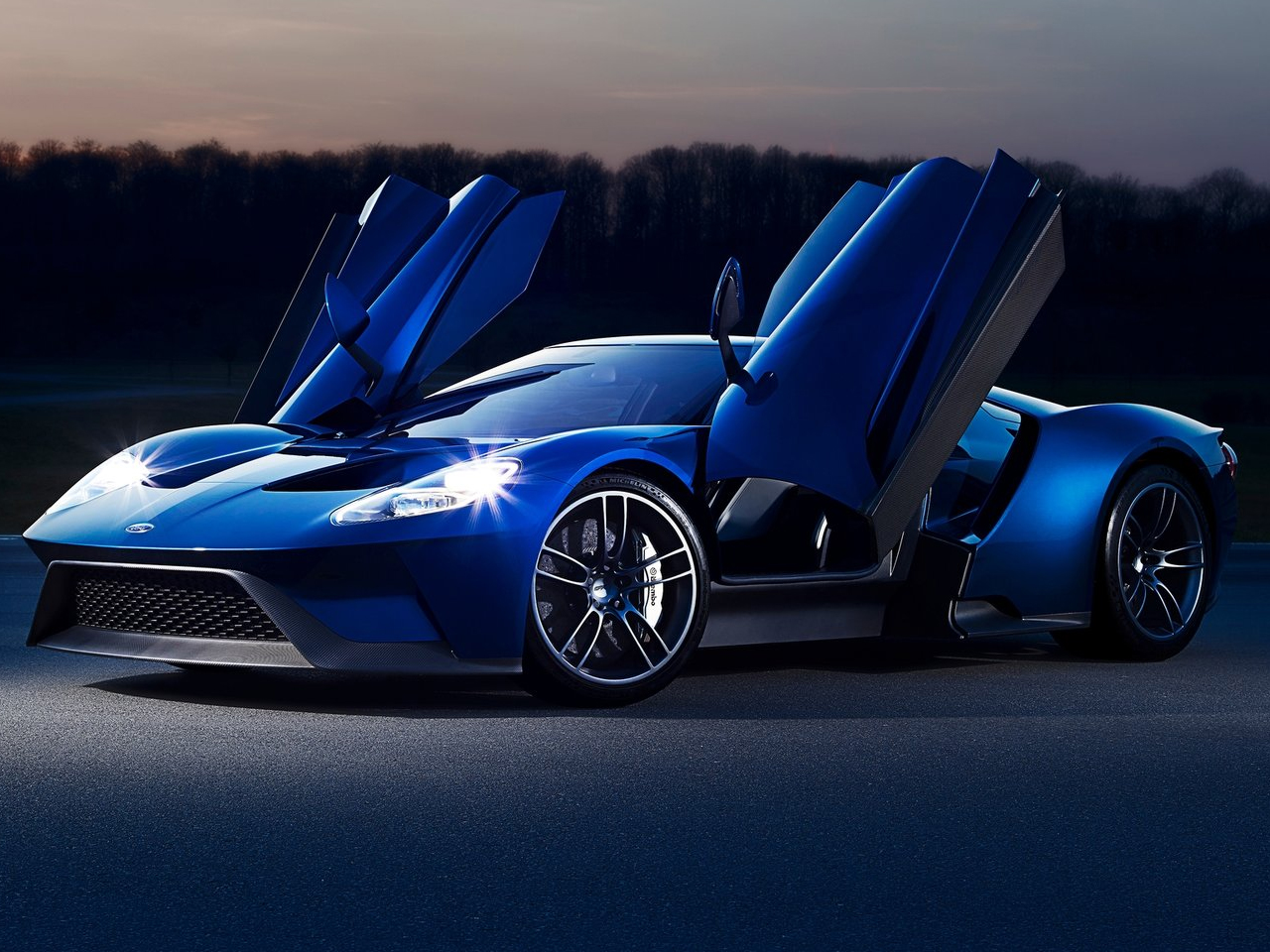 Ford GT exterior