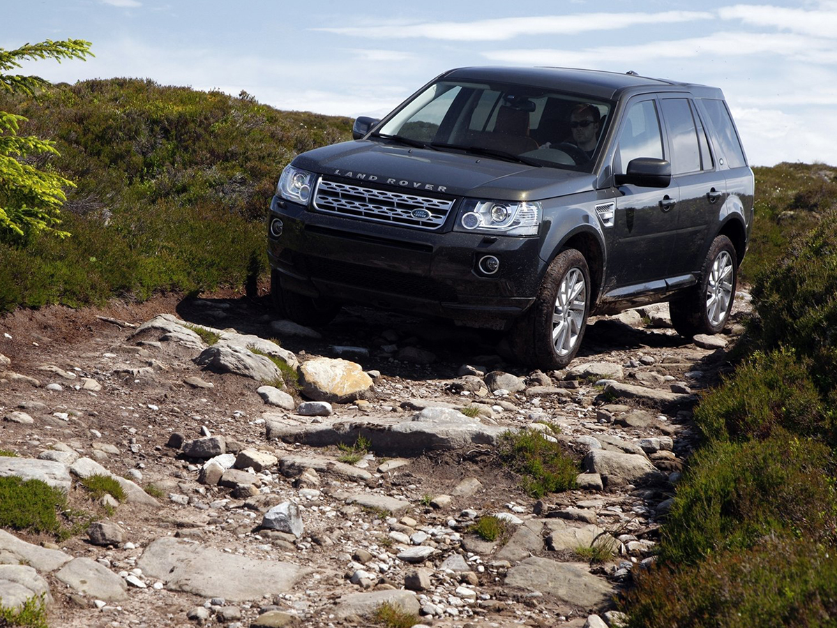 vista lateral land rover freelander