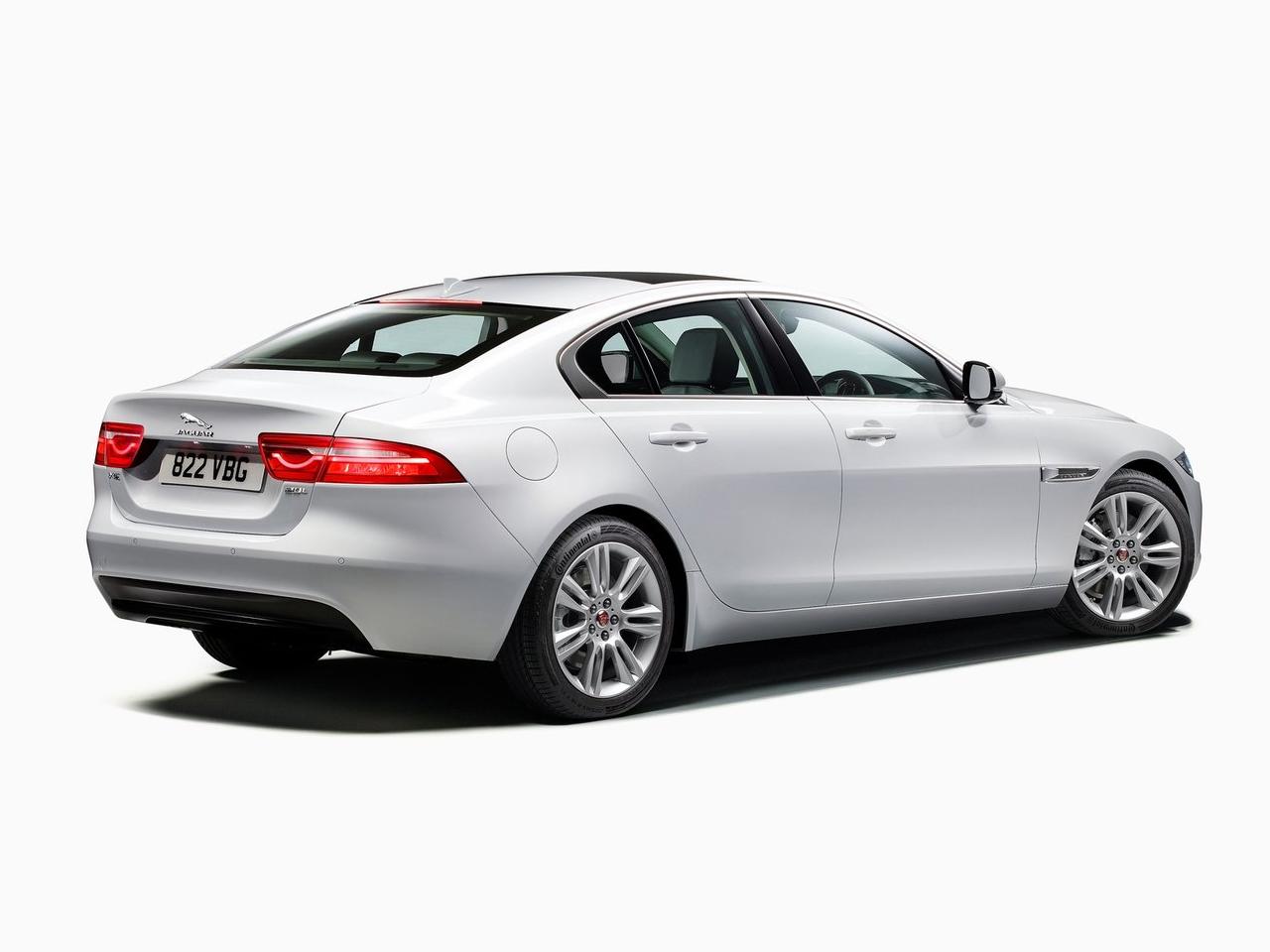 Trasera Jaguar XE