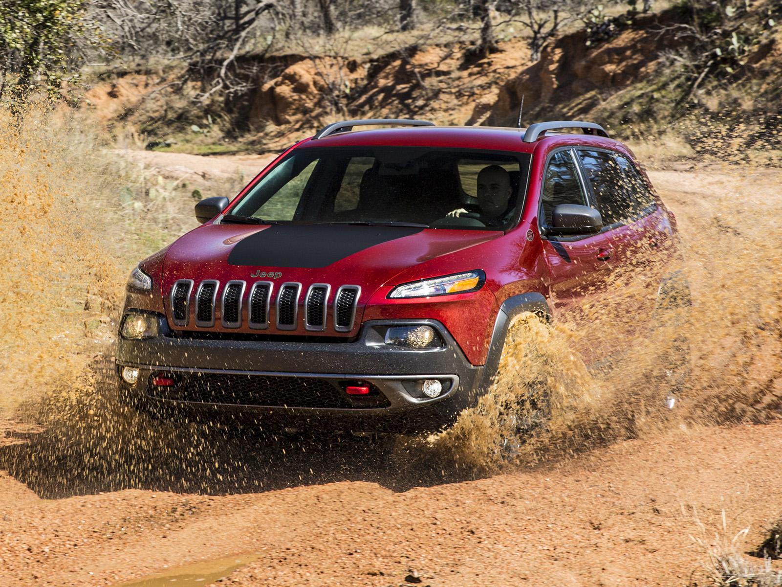 Jeep Cherokee exterior dinámica