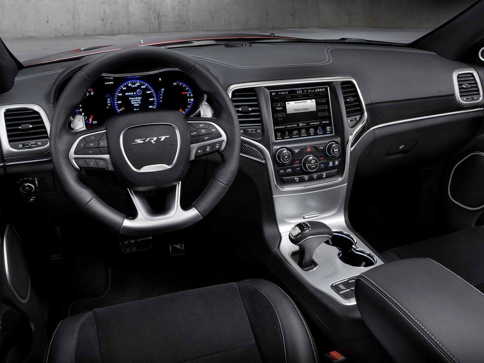 vista interior jeep grand cherokee
