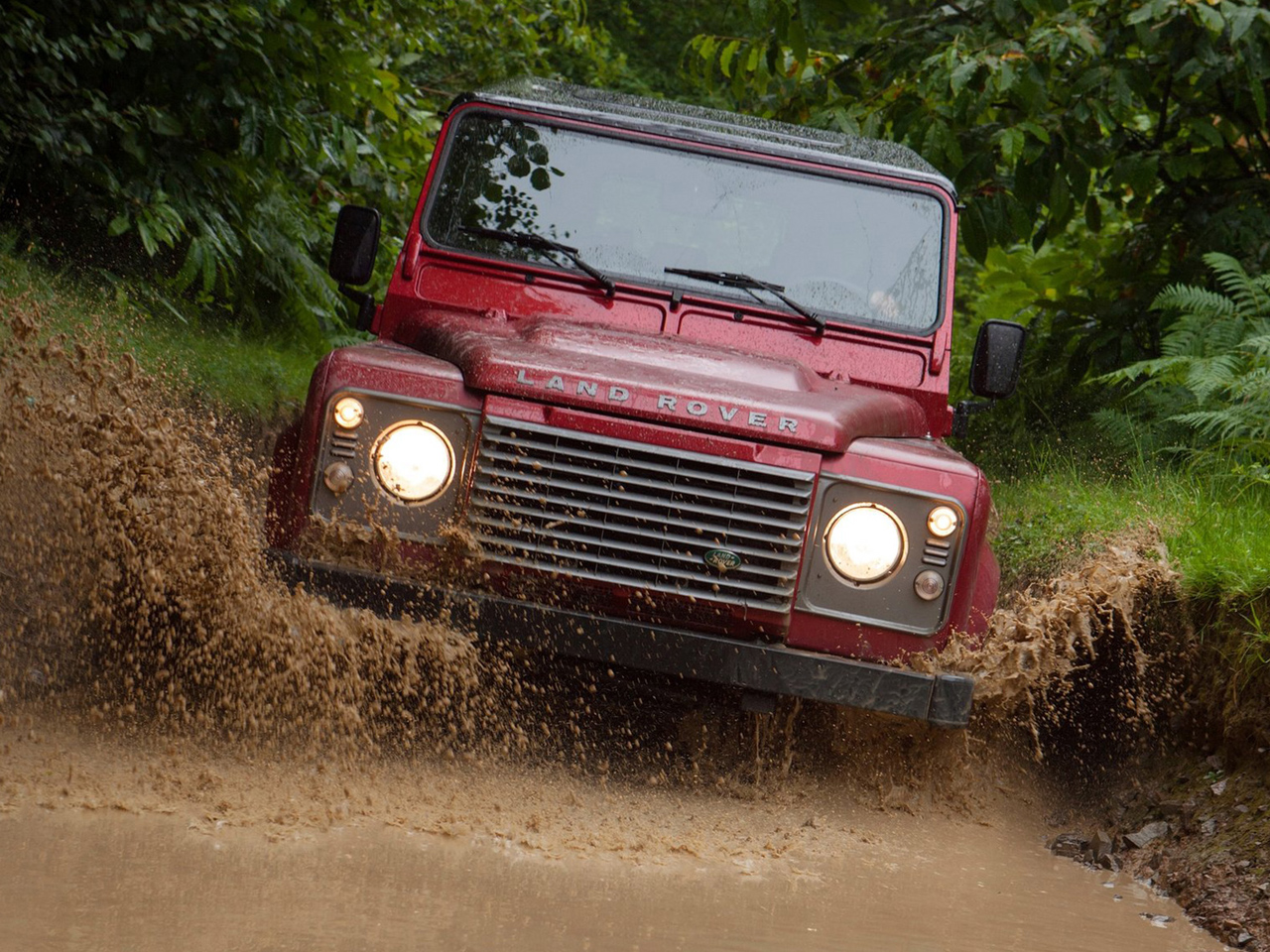 Frontal Land Rover Defender 110