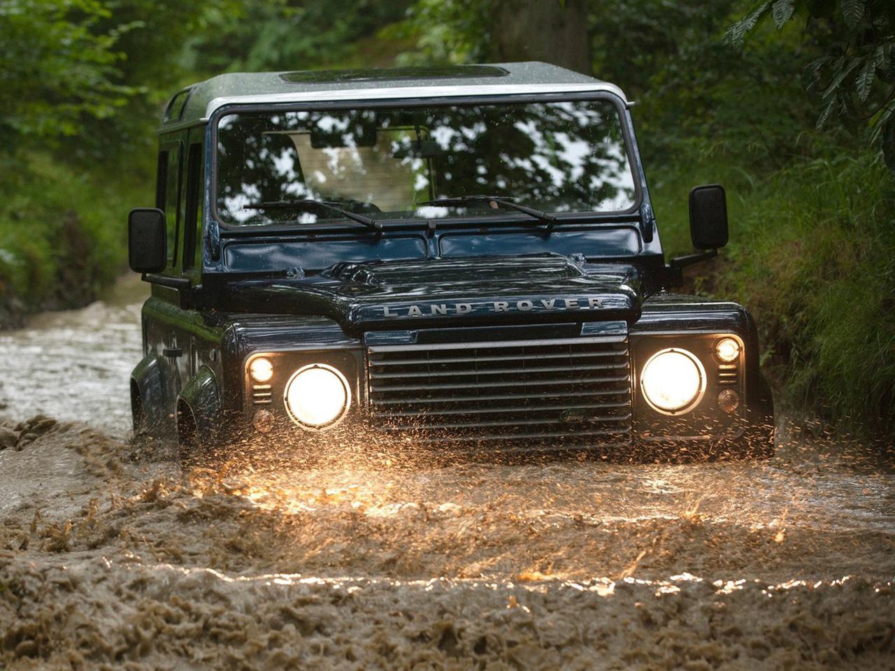 Frontal Land Rover Defender 90