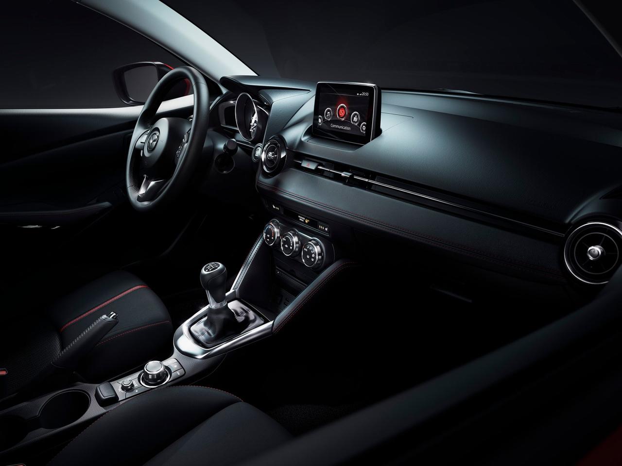 Interior Mazda 2
