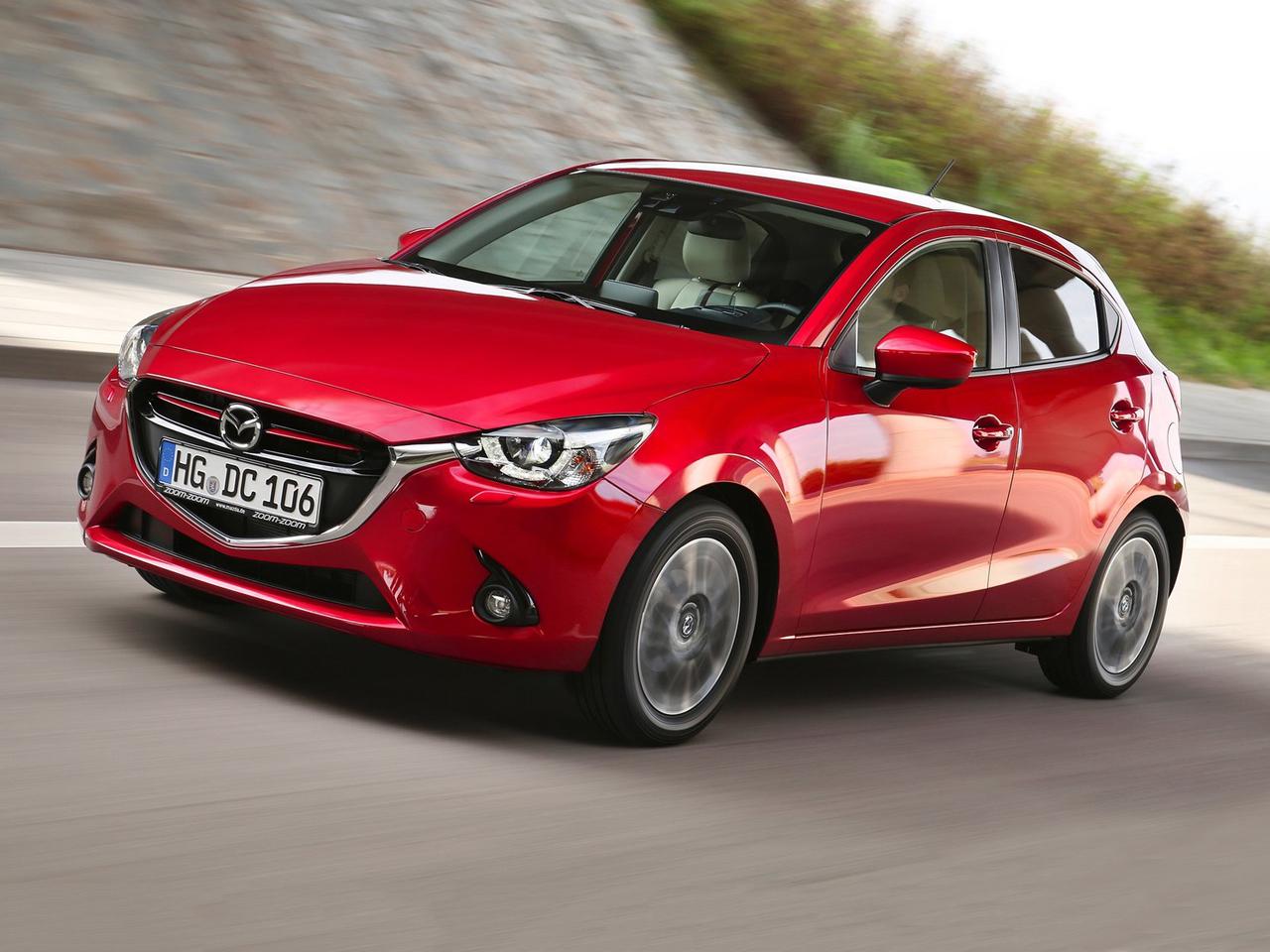 Frontal Mazda 2