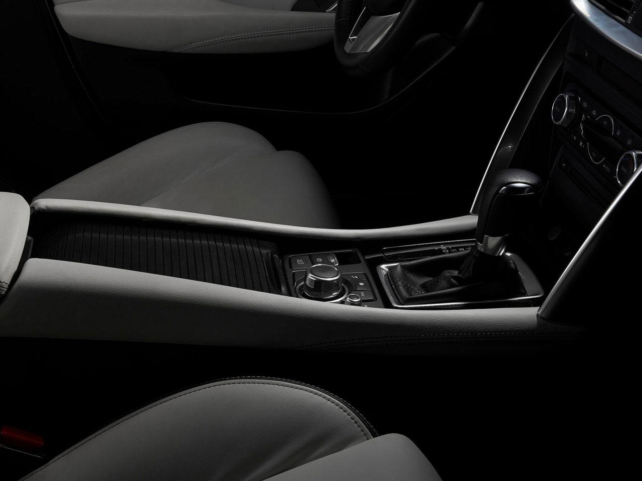 Interior Mazda CX-4