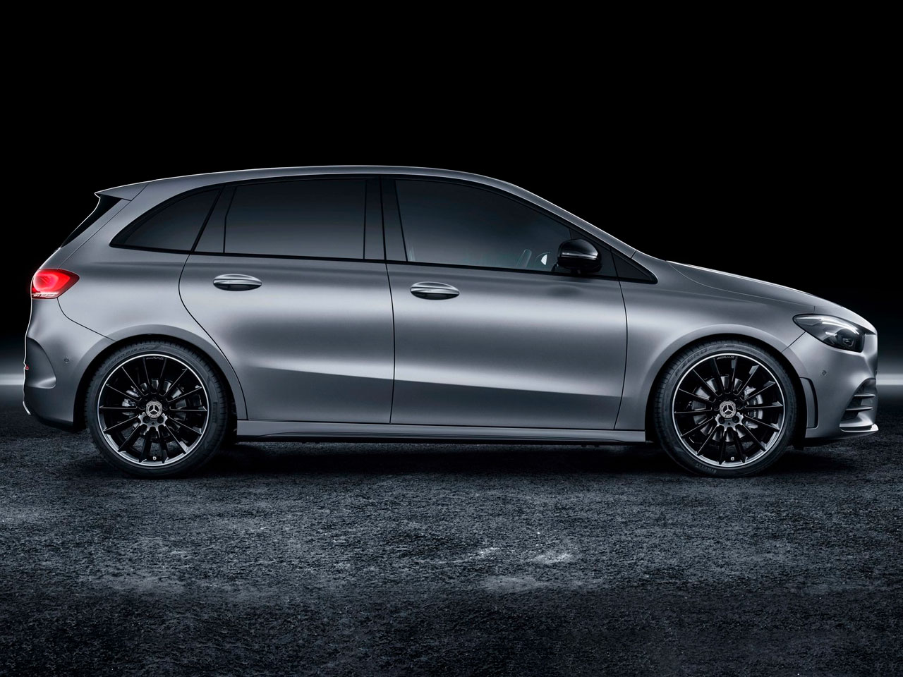 Lateral Mercedes Clase B
