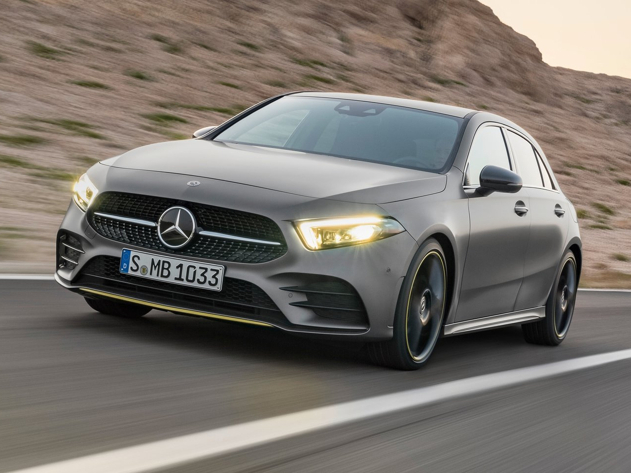 Frontal Mercedes Clase A