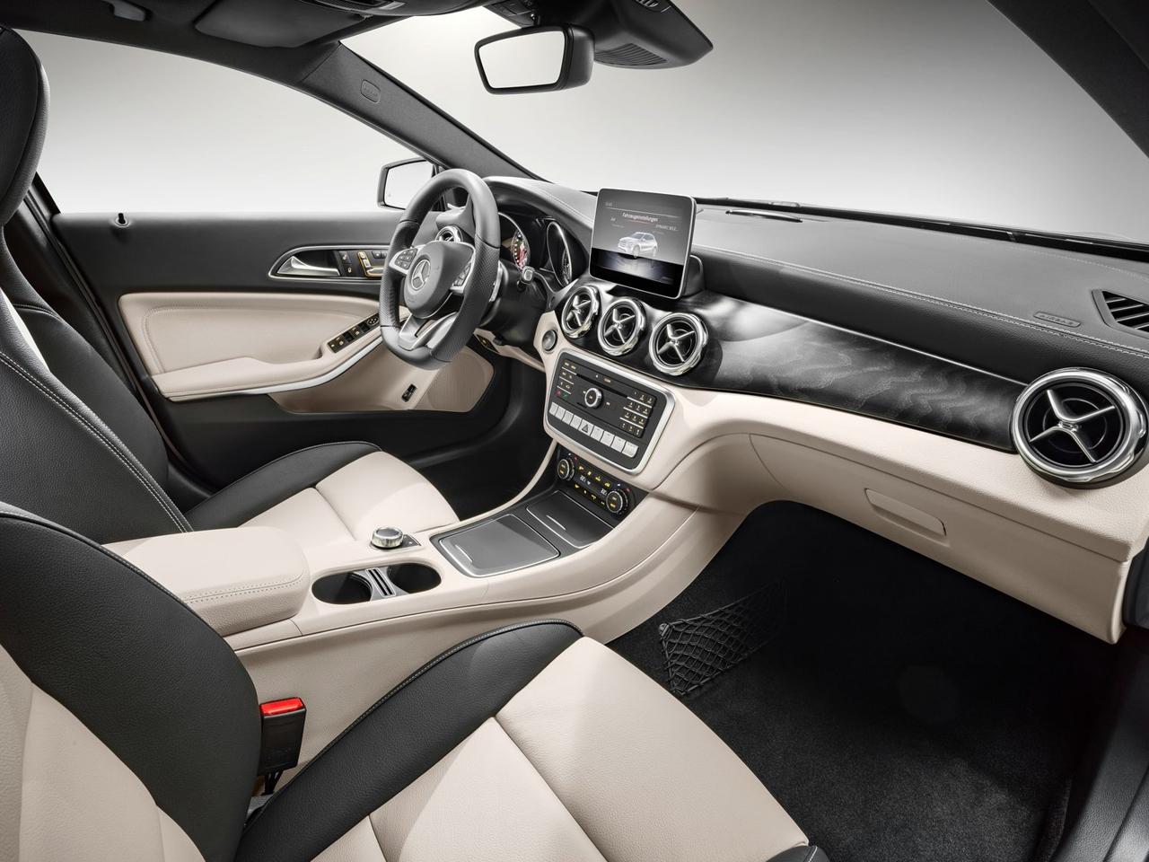 Interior Mercedes GLA