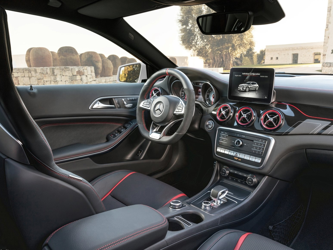 Interior Mercedes GLA AMG