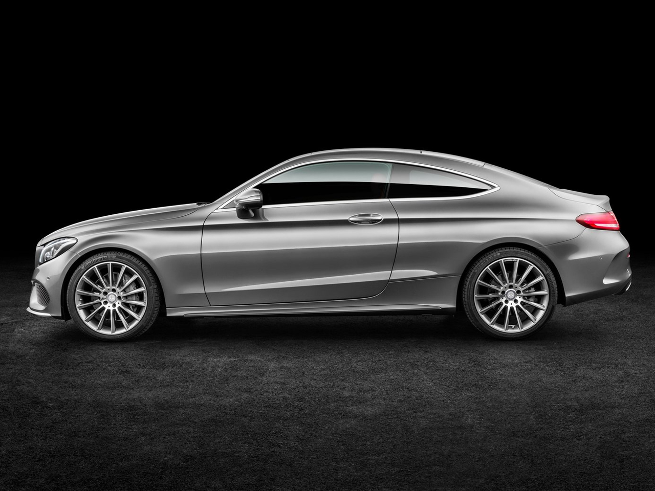 Lateral Mercedes Clase C Coupe