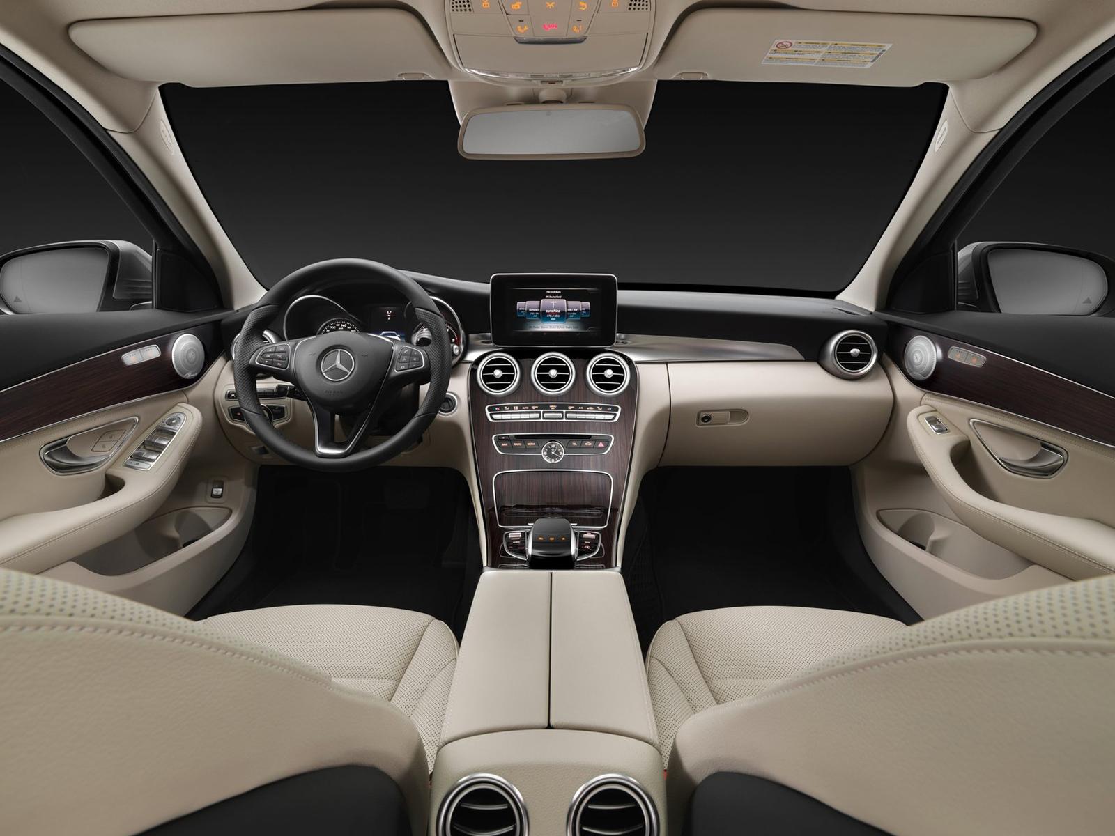 Interior Mercedes Clase C Estate