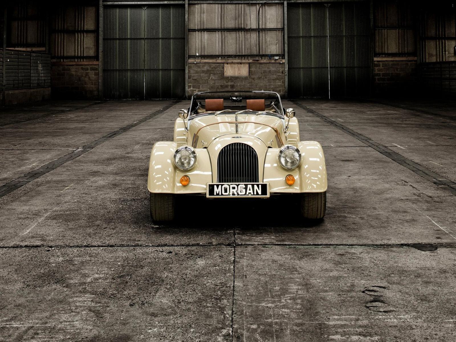 Morgan Roadster exterior