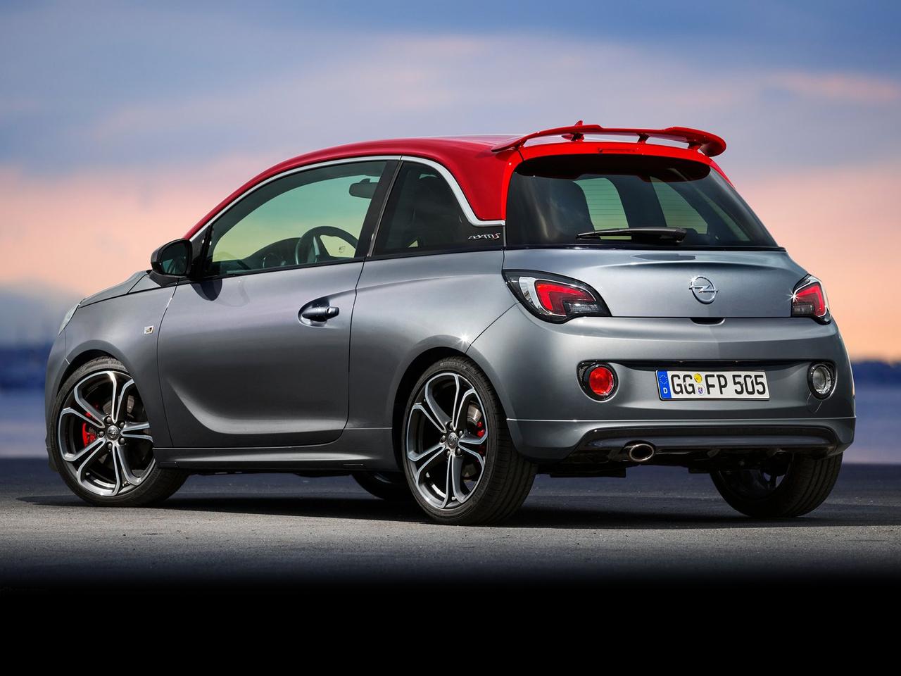 Trasera Opel Adam