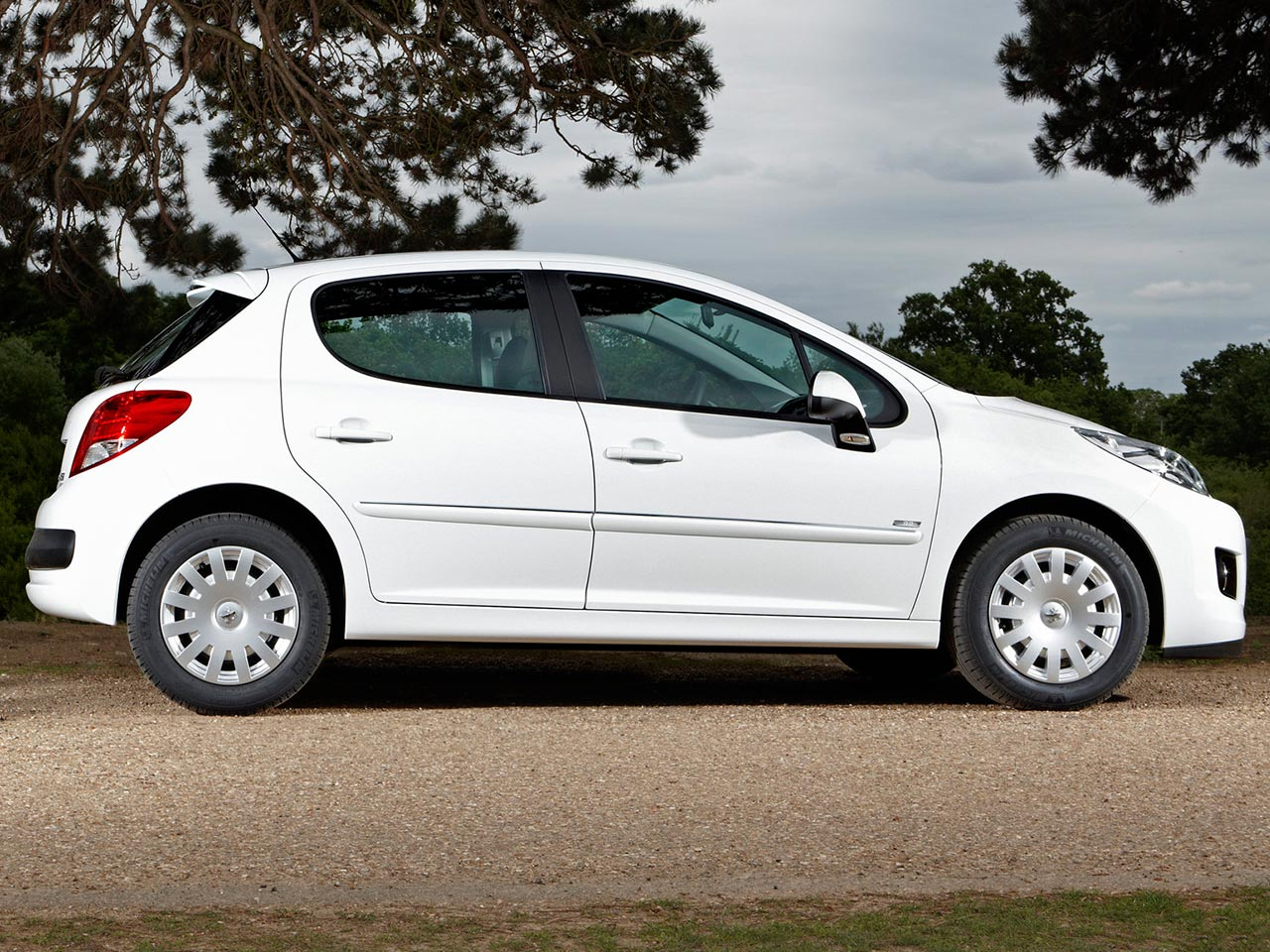 Lateral Peugeot 207