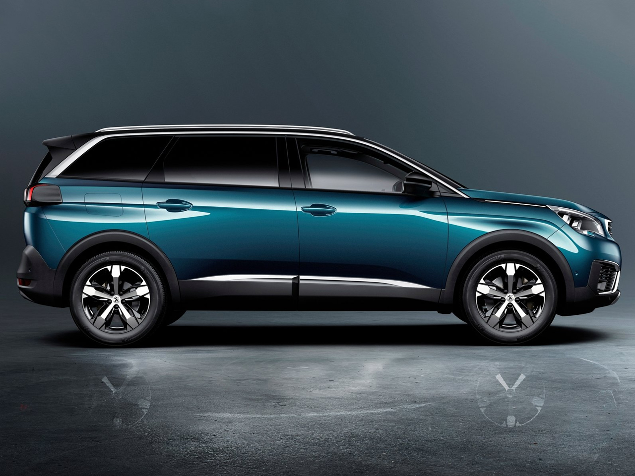 Lateral Peugeot 5008