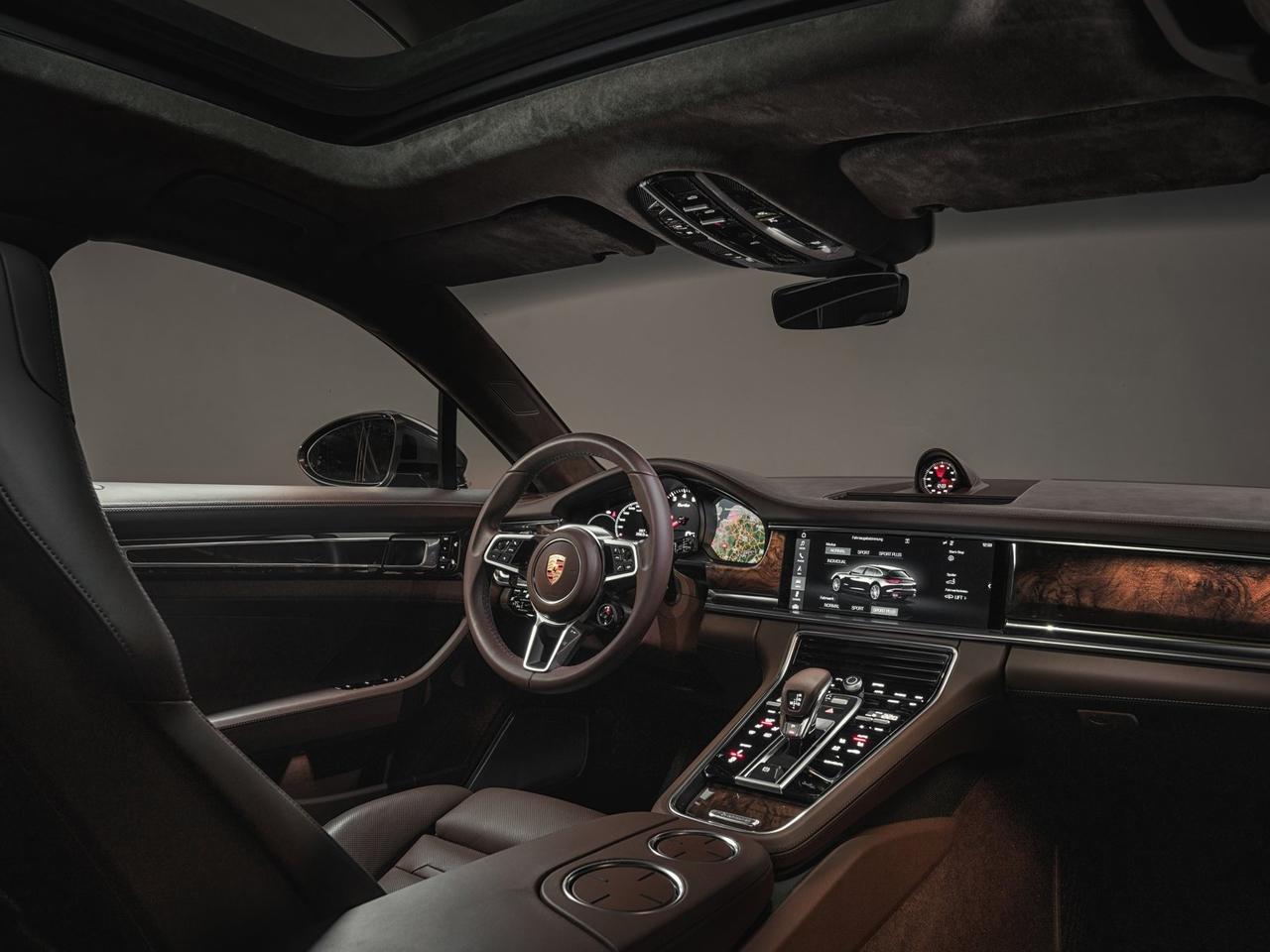 Interior Porsche Panamera Sport Turismo