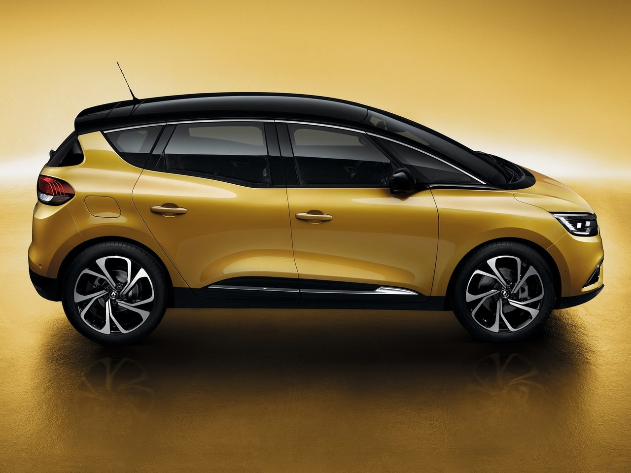Lateral Renault Scenic