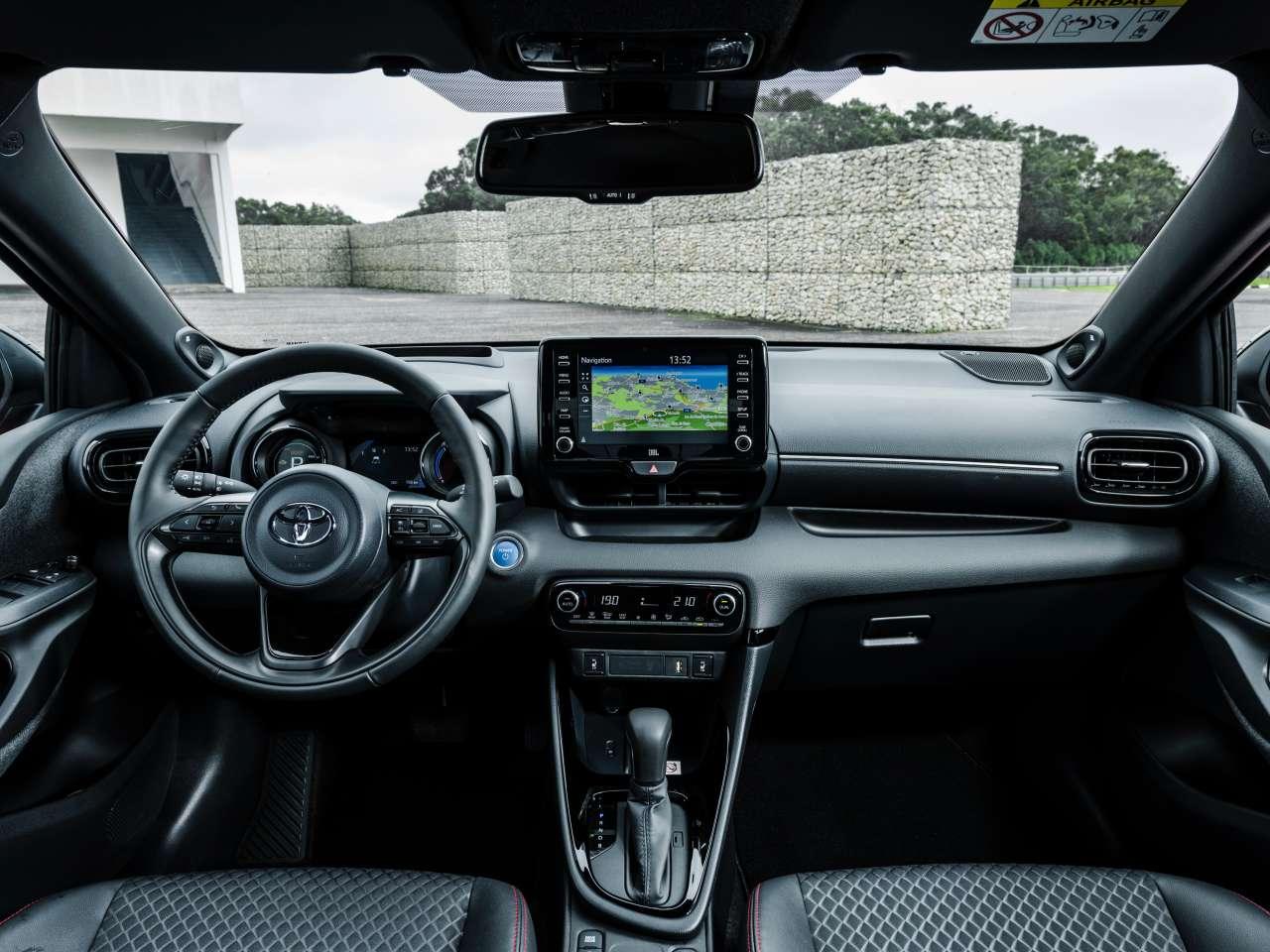 Toyota Yaris 2020 interior