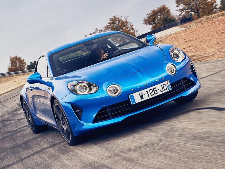 vista frontal alpine a110 movimiento