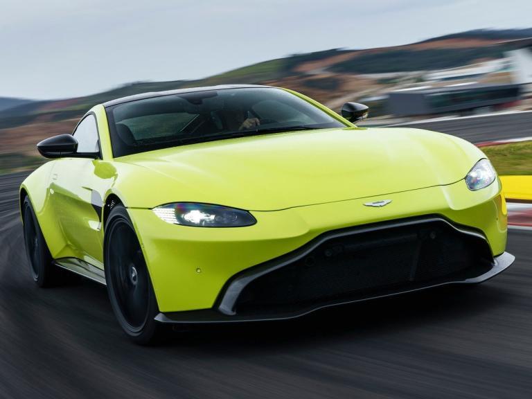 Frontal Aston Martin Vantage