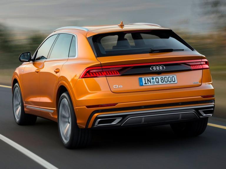 Trasera Audi Q8