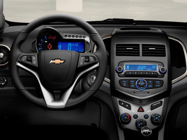 Chevrolet Aveo interior