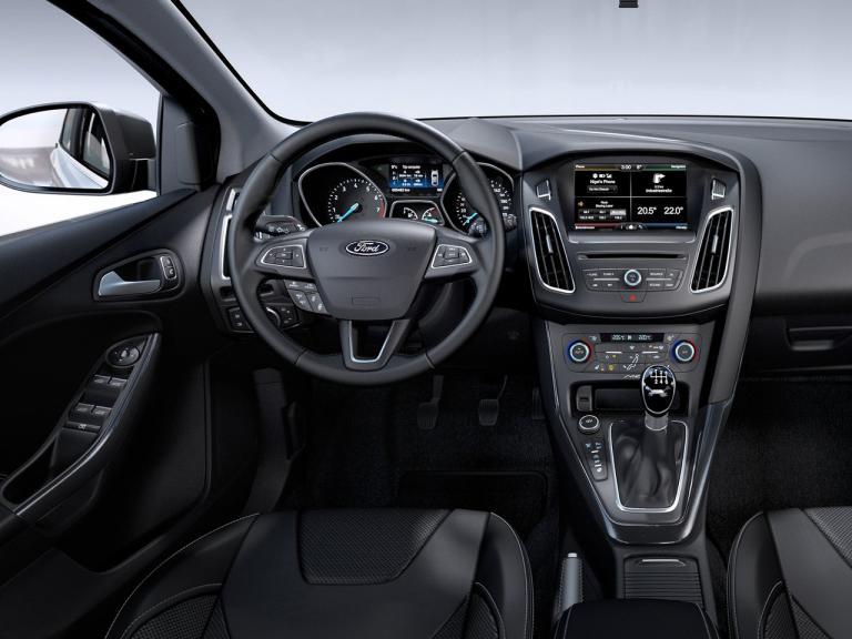 vista interior ford focus