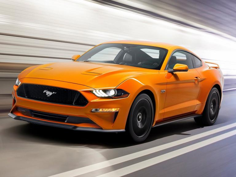 Frontal Ford Mustang
