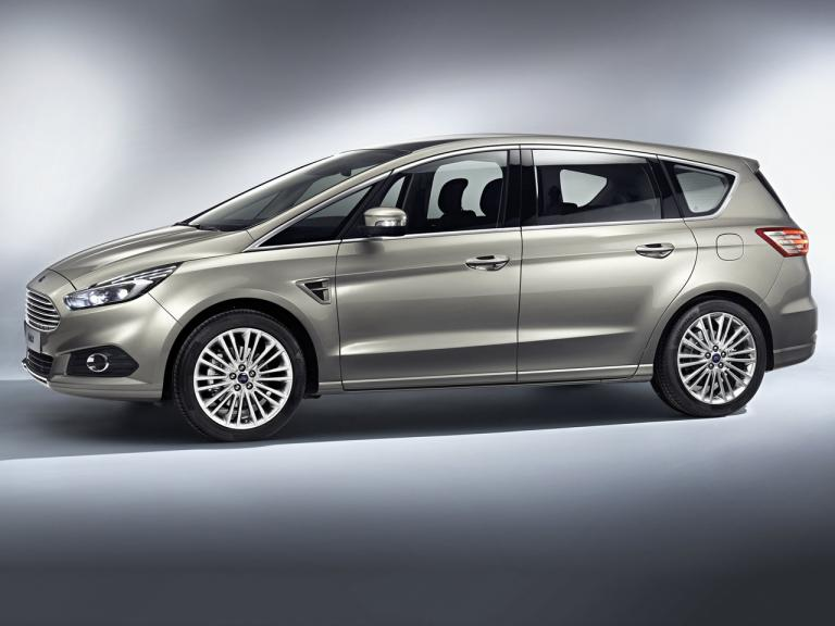 Lateral Ford S-Max