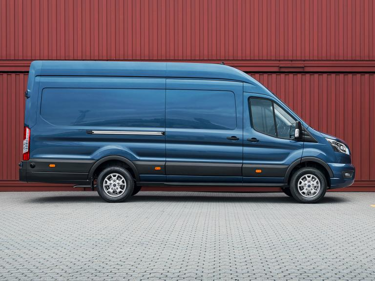 Lateral Ford Transit