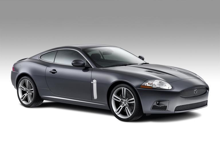 Jaguar XK exterior