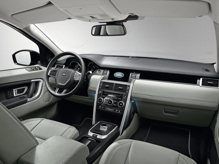 Land Rover Discover Sport interior