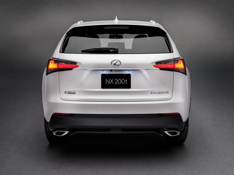 Trasera Lexus NX
