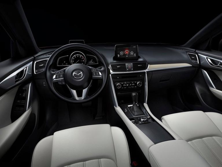 Interior Mazda CX4