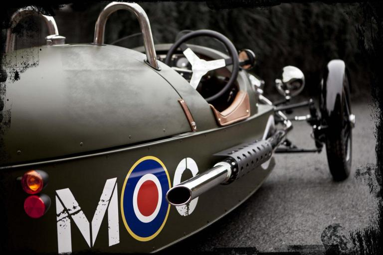 detalle lateral morgan three wheeler