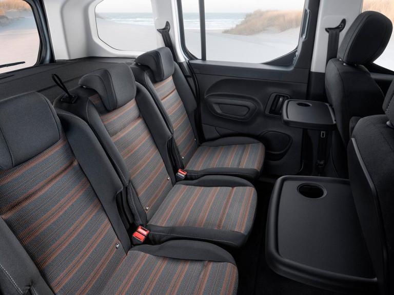 Interior Opel Combo