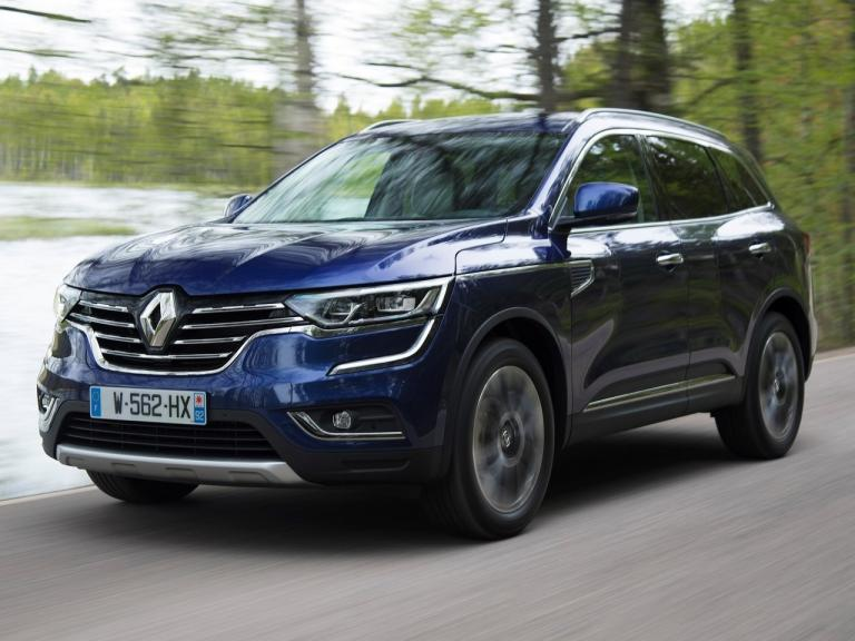 vista frontal renault koleos movimiento