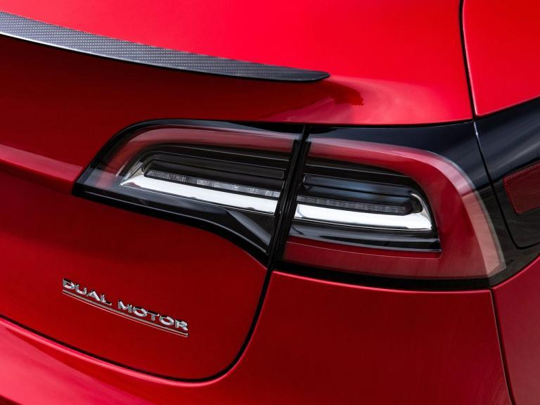 Detalle Tesla Model 3