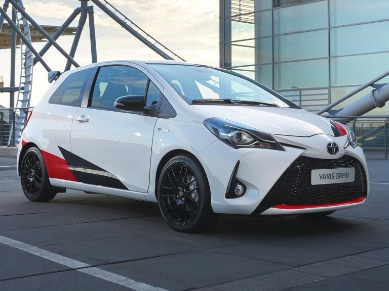 Frontal Toyota Yaris GRMN