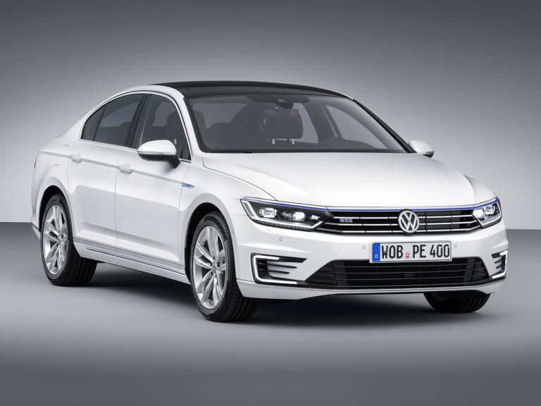 Frontal Volkswagen Passat GTE
