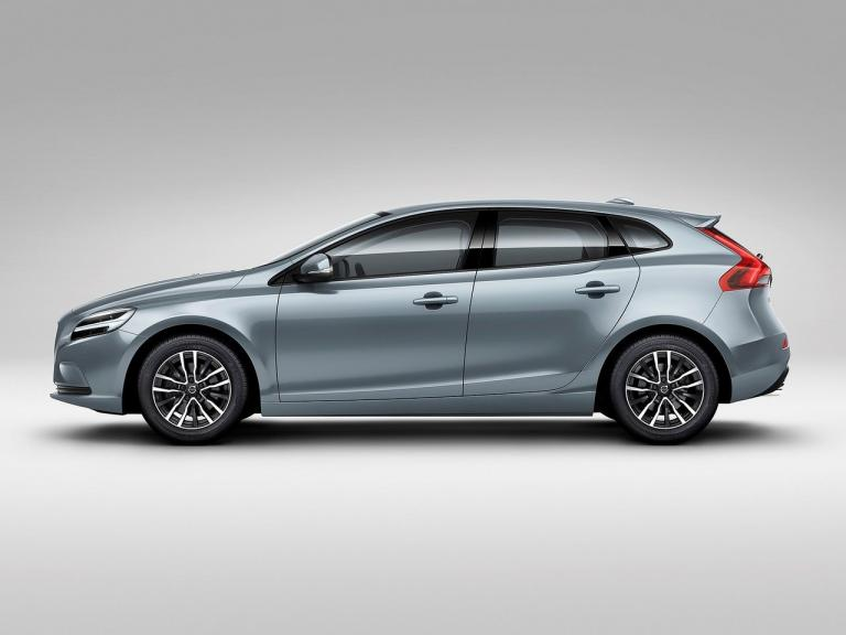 vista lateral volvo v40